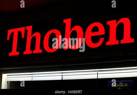 """Das Logo der Marke """"Thoben"""", Berlin. - Stockfoto"""