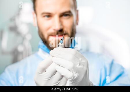Chirurgische Scheren halten - Stockfoto