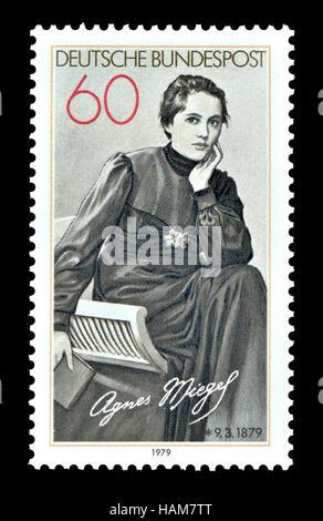 Deutsche Briefmarke (1979): Agnes Miegel (1879 – 1964), deutscher Autor, Journalist und Dichter - Stockfoto