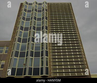Napier Universität Solarpanel Array Om Vorderhaus seiner Merchiston Campus - Stockfoto