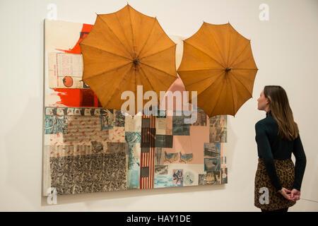 Ohne Titel (Spread), 1963, von Robert Rauschenberg. Tate Modern große Ausstellung der Arbeiten von Robert Rauschenberg - Stockfoto