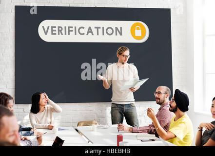 Überprüfung zugänglich Sicherheit Berechtigungskonzept - Stockfoto