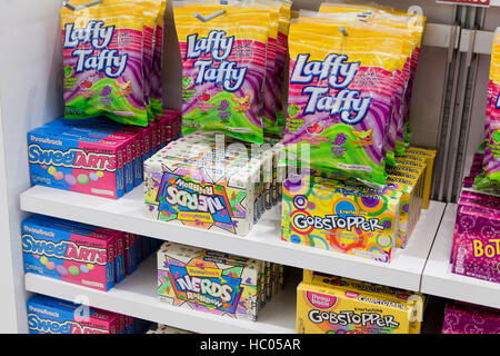 Candy-Display am Markt - USA - Stockfoto