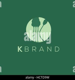 K schreiben Logo. Bäume vektor Logo. Wald Emblem - Stockfoto