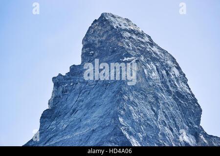 Matterhorn Berg aus Zermatt in der Schweiz im Sommer gesehen. - Stockfoto