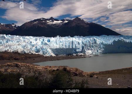 EL CALAFATE, ARG, 06.12.2016: Argentinischen Perito Moreno-Gletscher im Nationalpark Los Glaciares in Südwest Provinz - Stockfoto