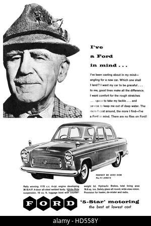 1957 britische Werbung für die Ford Prefect De Luxe - Stockfoto