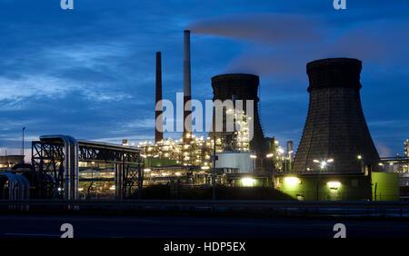 Deutschland, Köln, die Shell Rheinland Raffinerie im ...