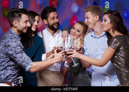 Ein hoch auf die tolle Zeit auf party - Stockfoto