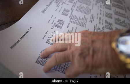 Thomas Brien Haigley Jr., 79, war fünf Jahre alt und lebe Schofield Barracks neben Wheeler Army Airfield, als die - Stockfoto