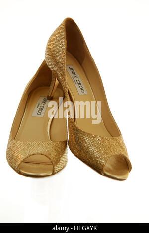 Gold Farbigen Jimmy Choo High Heel Hochzeitsschuhe Stockfoto Bild