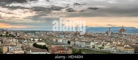 Die wunderschöne Skyline von Florance, Italien - Stockfoto