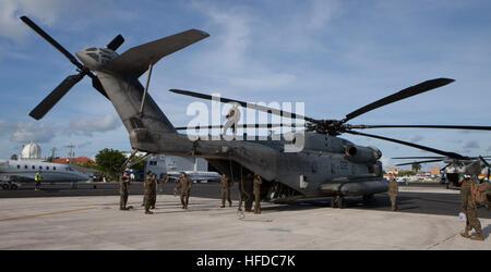GRAND CAYMAN, Cayman-Inseln (4. Oktober 2016) US-Marines mit speziellen Zweck Marine Air-Ground Task Force – Southern - Stockfoto