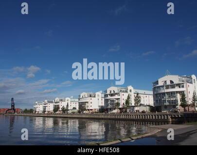Neue Gebäude am alten südlichen Hafen von Luleå