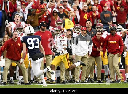 """Pasadena, Kalifornien, USA. 2. Januar 2017. Adore """"Jackson von der USC Trojans in Aktion während einer spannenden - Stockfoto"""