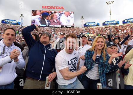 Pasadena, Kalifornien, USA. 2. Januar 2017. Fans von der Penn State Nittany Lions in Aktion bei einem 52-49 an der - Stockfoto