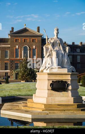 Kensington Palace, London, England, Großbritannien - Stockfoto