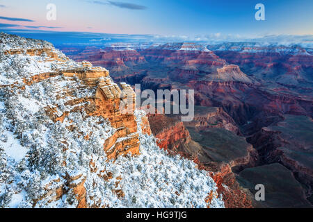 Sonnenaufgang am Grand Canyon National Park, fotografiert vom Mather Point. - Stockfoto