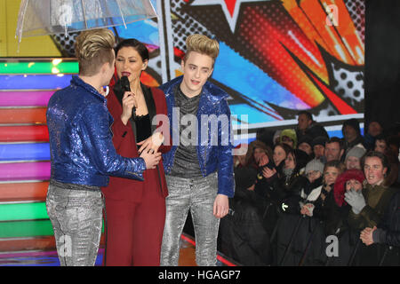 London, UK. 6. Januar 2017. Jedward kommen als neue Mitbewohner in der diesjährigen Celebrity Big Brother. © David - Stockfoto