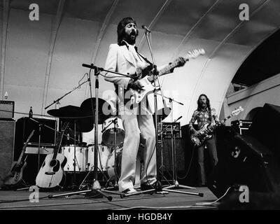 ERIC CLAPTON britischer Musiker bei Show in Gršna Lund Stockholm 1974