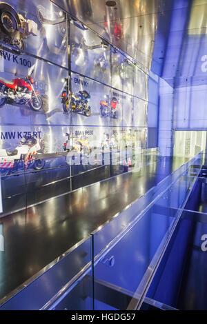 Deutschland, Bayern, München, BMW Museum, Anzeige von Vintage BMW Motorräder - Stockfoto