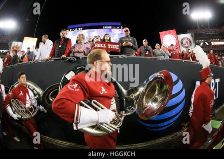 Tampa, USA. 9. Januar 2017. Alabama Crimson Tide marching Band Köpfe in das Feld vor dem Start der nationalen Titel - Stockfoto