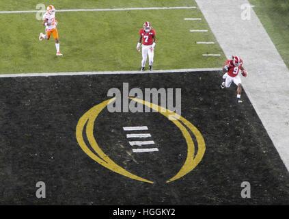 Tampa, USA. 9. Januar 2017. Alabama Crimson Tide läuft wieder Bo Scarbrough (9) joggt in die Endzone für seinen - Stockfoto