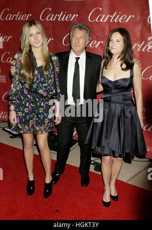 Dustin Hoffman und seine Tochter, Ali, links, und Frau Lisa kommt bei den 20. Jahrestag des Palm Springs International - Stockfoto