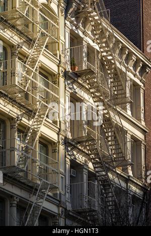 Soho Häuserfassaden mit Feuer. Manhattan, New York City - Stockfoto
