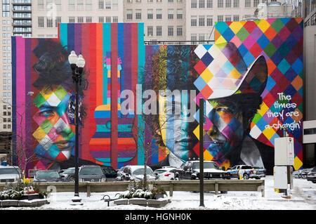 Wandbild von Bob Dylan des brasilianischen Künstlers Eduardo Kobra in der Innenstadt von Minneapolis, Minnesota - Stockfoto
