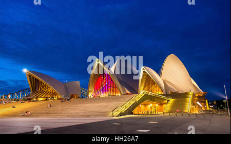 Sydney Opera House in der Nacht - Stockfoto