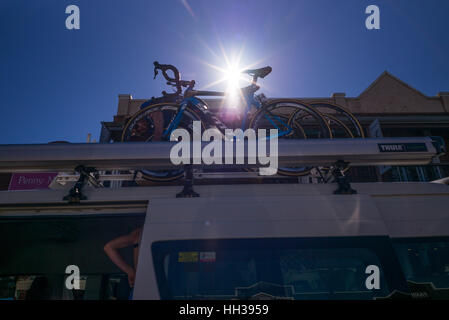 Adelaide, South Australia, Australien. 17. Januar 2016. Etappe 1 der Tour Down Under, Australien am 17. Januar 2017 - Stockfoto