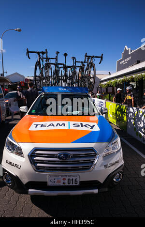 Adelaide, South Australia, Australien. 17. Januar 2016. Team Sky Auto am Start Rennens, 1 Etappe der Tour Down Under, - Stockfoto