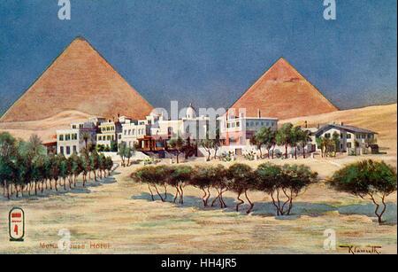Gesamtansicht über die Mena House Hotel in Gizeh in der Nähe von Kairo, Ägypten. Ursprünglich ein Jagdschloss, wurde - Stockfoto