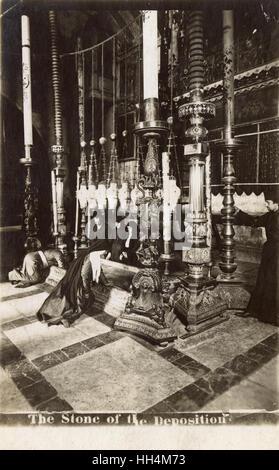 """Der Stein der Salbung (auch """"Stein der die Salbung"""" oder """"Stein der Salbung"""") innerhalb der Kirche des Heiligen - Stockfoto"""