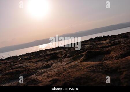 Totes Meer Schlamm Ufer - Stockfoto