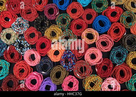 erstellt von bunten Armbänder in Otavalo Ecuador Muster - Stockfoto