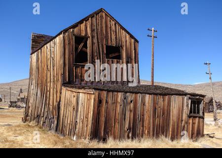 Die Geisterstadt Bodie, Kalifornien, ist ein Wahrzeichen von Menschen aus aller Welt besucht. - Stockfoto