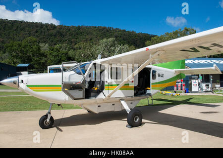 Flugzeug Rundflüge auf dem Flughafen in Airlie Beach, Queensland-Australien - Stockfoto