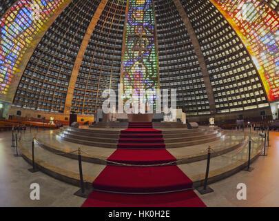 Innenansicht der Metropolitan Kathedrale des Heiligen Sebastian, Rio De Janeiro, Brasilien, Südamerika - Stockfoto