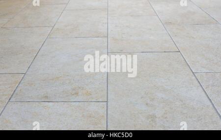 Schmutzige Terrasse Fliesen Bild Von Aussen Bodenbelag Mit Grau
