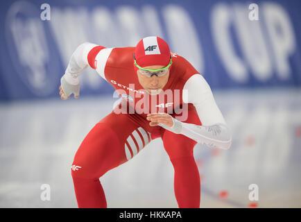 Berlin, Deutschland. 27. Januar 2017. Der polnische Athlet Zbigniew Brodka vor der 1500m Männer Wettbewerb der Eisschnelllauf - Stockfoto