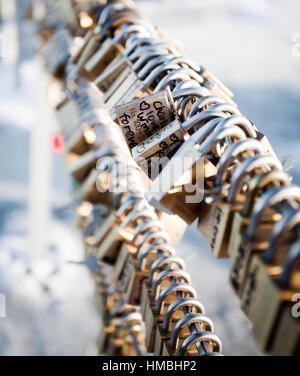 Liebesschlösser auf Mount Moiwa, Japan - Stockfoto