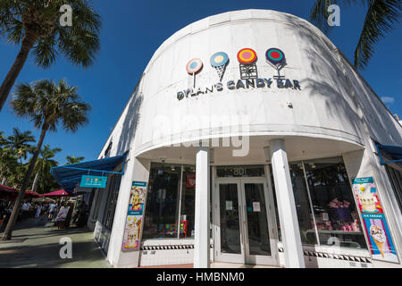 DYLAN'S CANDY BAR STOREFRONT LINCOLN ROAD OUTDOOR SHOPPING MALL MIAMI BEACH FLORIDA USA - Stockfoto