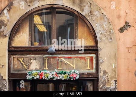 Italien rom alte stadt wein restaurant spanische treppe piazza di spagna stockfoto bild - Nasse fenster uber nacht ...