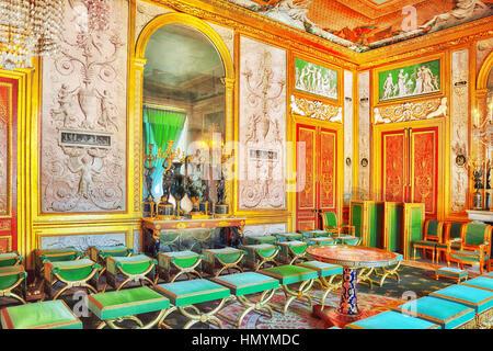 FONTAINEBLEAU, Frankreich - 9. Juli 2016: Fontainebleau Palast Interieur. Die Kaiserin großen Salon. Schloss war - Stockfoto