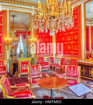FONTAINEBLEAU, Frankreich - 9. Juli 2016: Fontainebleau Palast Interieur. Schloss war eines der größten Schlösser - Stockfoto