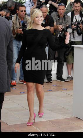 """Reese Witherspoon Posen auf dem Foto rufen Sie für den Film, """"Mud"""" an den 65. Filmfestspielen in Cannes, Frankreich am 26. Mai 2012. Foto von Francis Specker"""