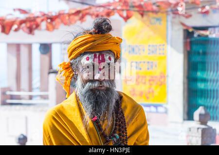 Sadhu, heiliger Mann, Porträt, Varanasi, Uttar Pradesh, Indien - Stockfoto