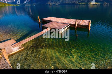 See zwischen Bergen. Beauty-Welt Italien Europa - Stockfoto